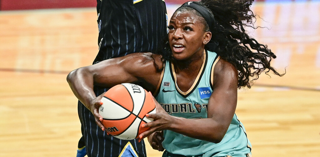 NEW YORK, NEW YORK - JUNE 24:  Michaela Onyenwere #12 of the New York Liberty drives to the basket against the Chicago Sky at Barclays Center on June 24, 2021 in New York City. (Photo by Steven Ryan/Getty Images)