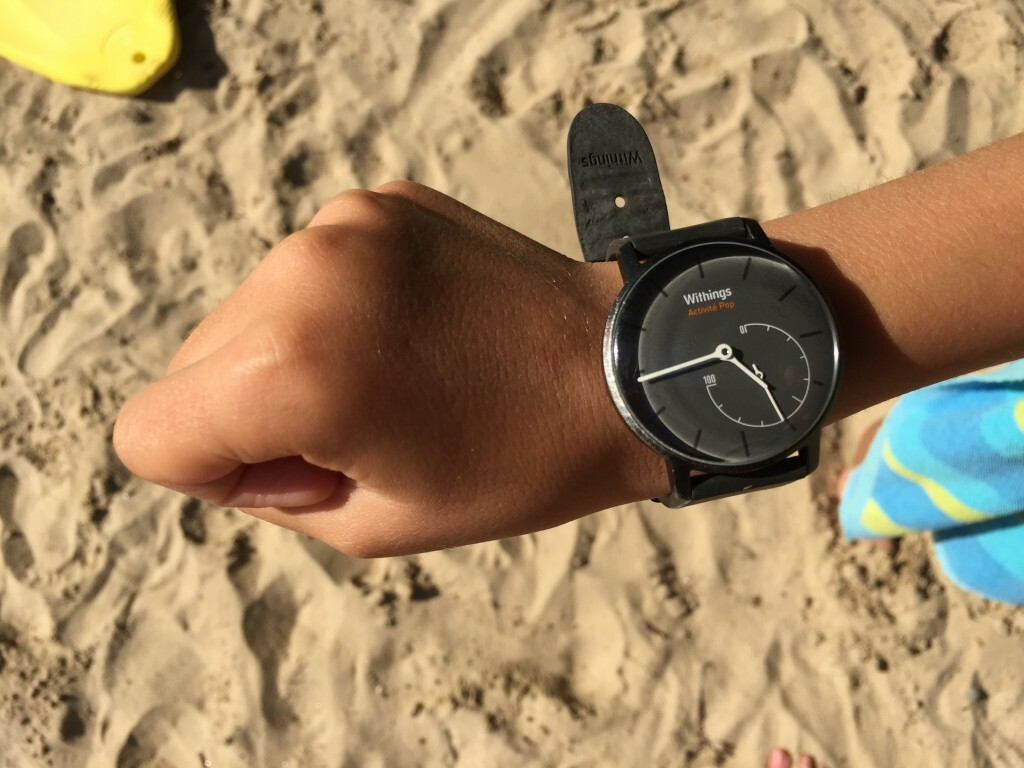 Annabel's daughter wearing the Withings Activité Pop